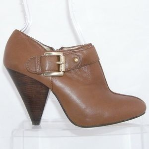 MICHAEL Michael Kors Shoes - Michael Kors brown leather side zip booties 7M